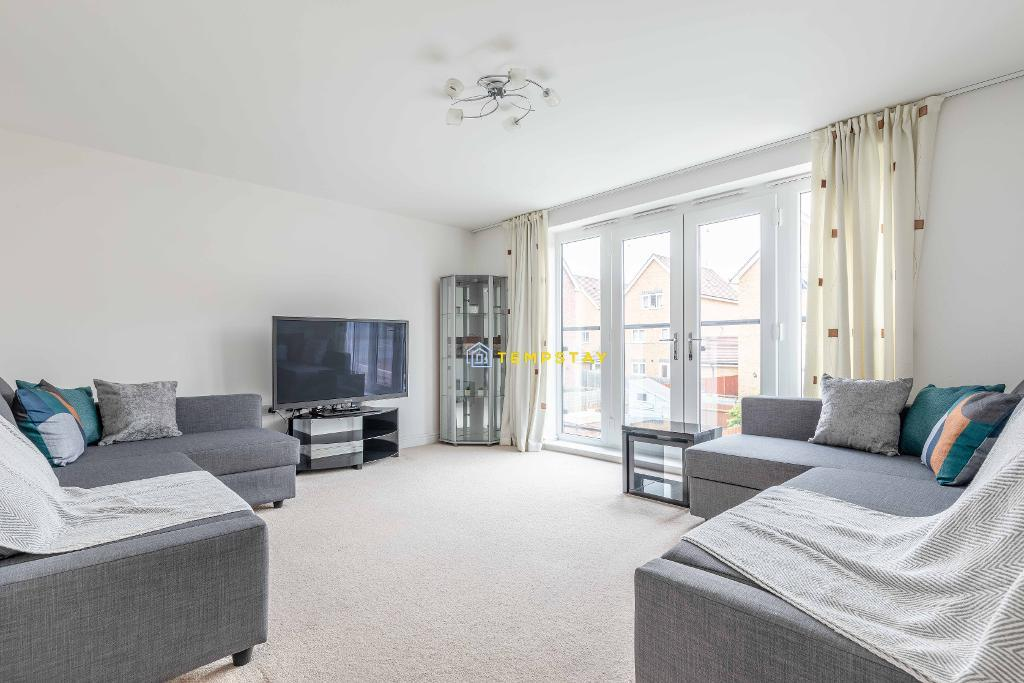 Chadwick Road, Slough, SL3 7FT